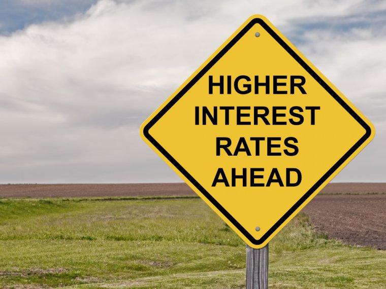 higher interest rates sign